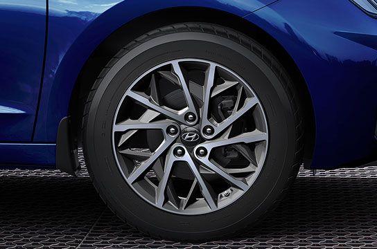 17-дюймовые легкосплавные колесные диски
