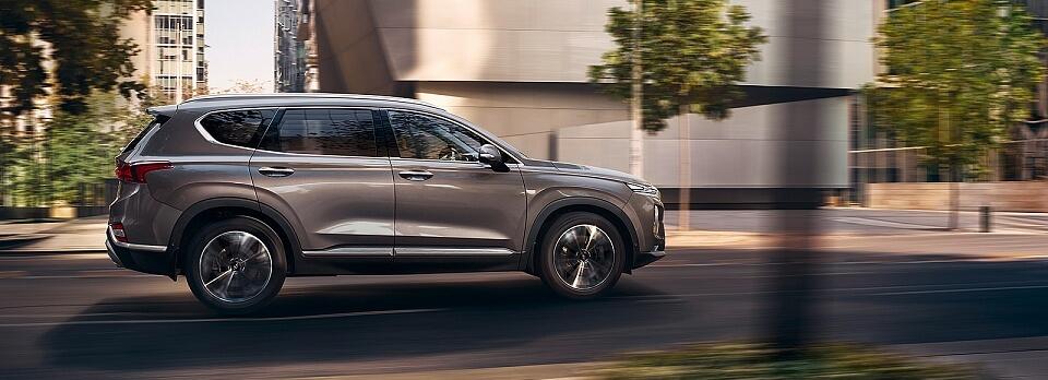 В шоу-рум автоцентра «Хёндэ АвтоГрад» выставлен новый Hyundai Santa Fe
